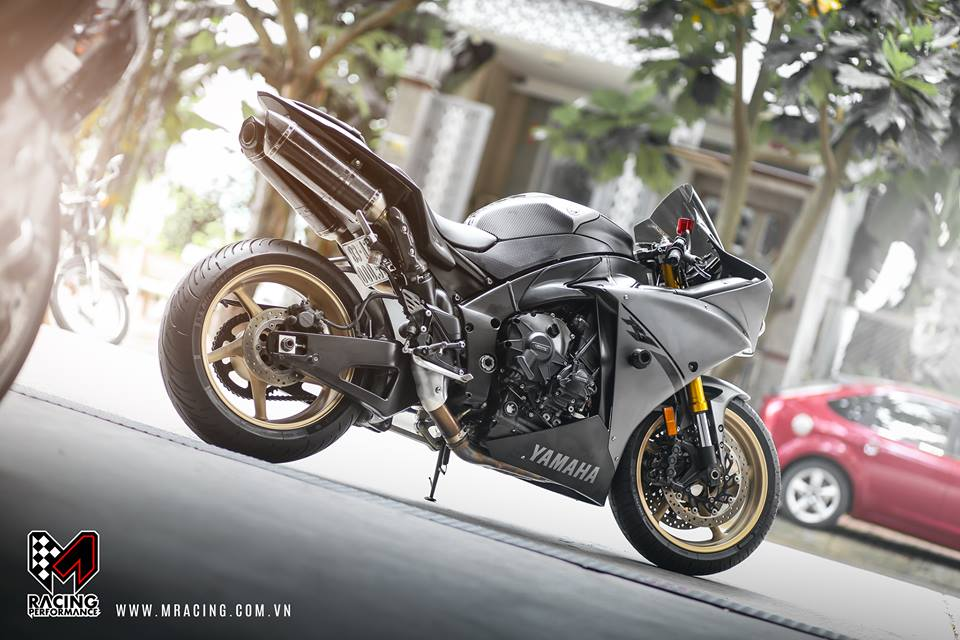 Yamaha R1 Matte Gray ve dep kho cuong - 4
