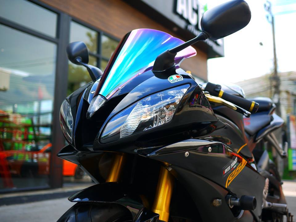 Yamaha R6 ngua hoang kho thuan trong loat anh den khong ty vet - 4