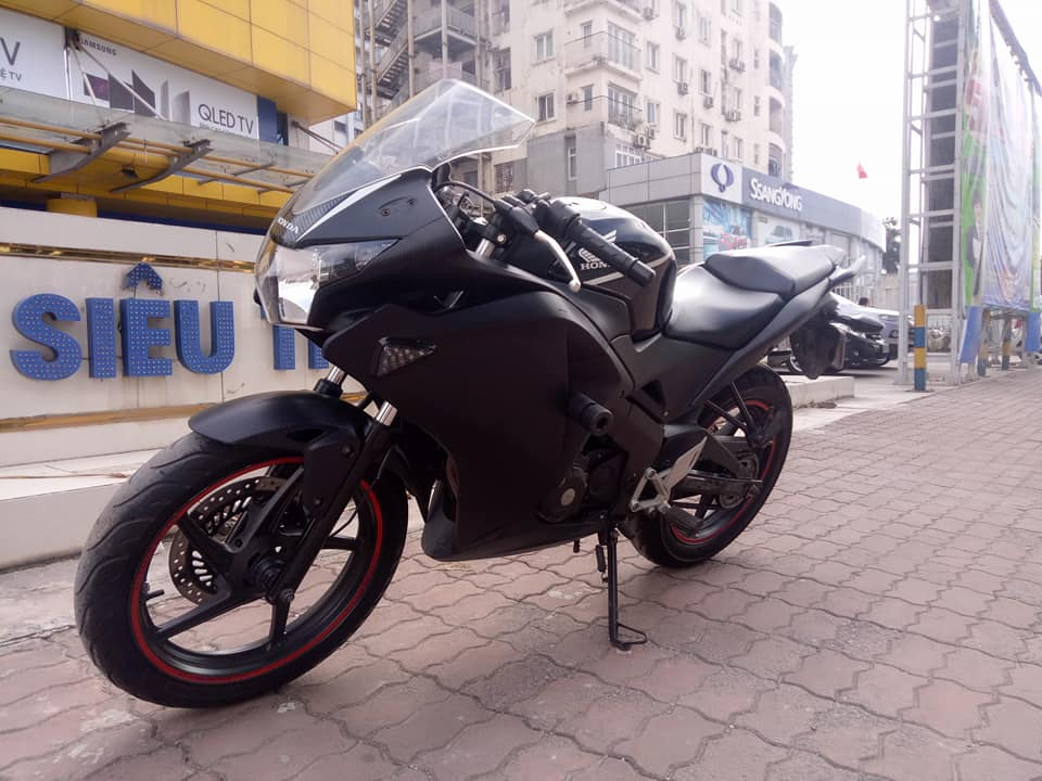 BAN CHIEC XE CBR 150 NHAP KHAU BIEN VIP 20222 - 5