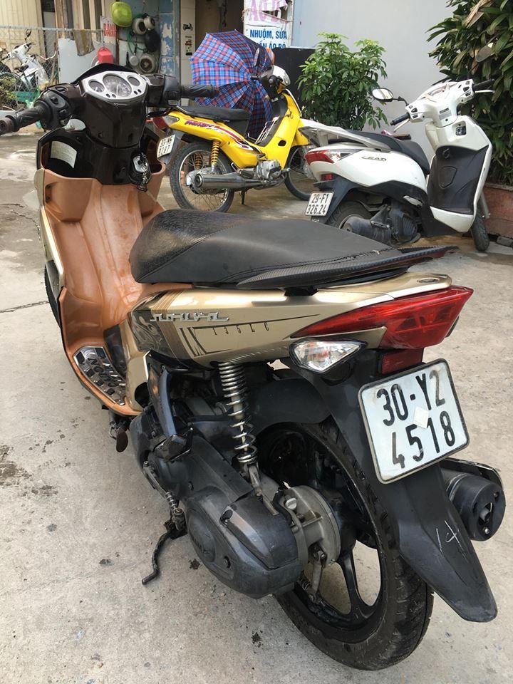 Ban xe Nouvolx135 Nau 2009 bks 30Y2 xe nguyen ban Cchu sd lau dai 128 trieu con dep da co anh - 2