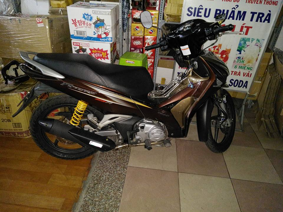 Future do an tuong voi hong sung Satria F150 - 6