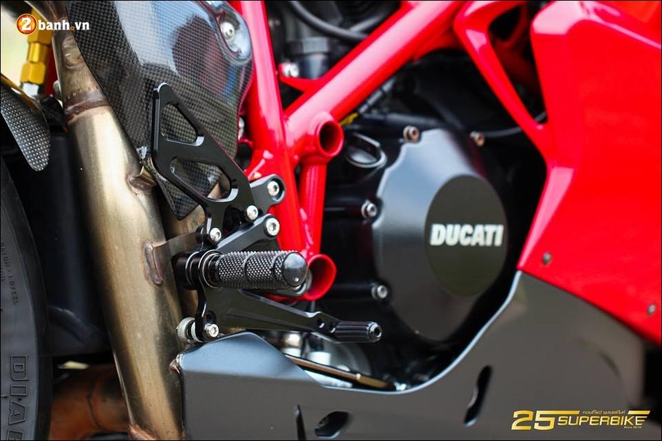 Ducati Evo 848 do an tuong voi thiet ke truyen thong - 14