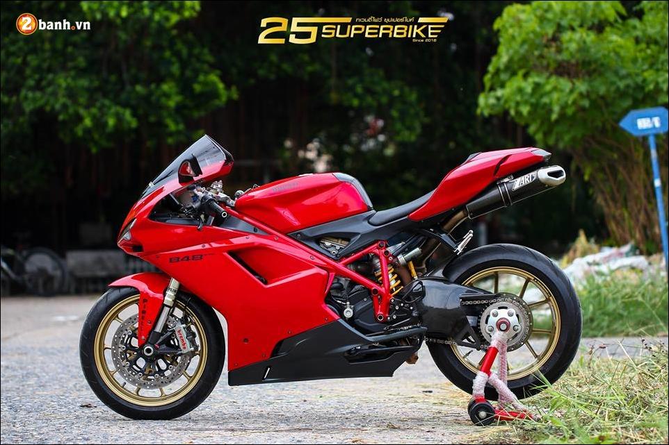Ducati Evo 848 do an tuong voi thiet ke truyen thong - 16