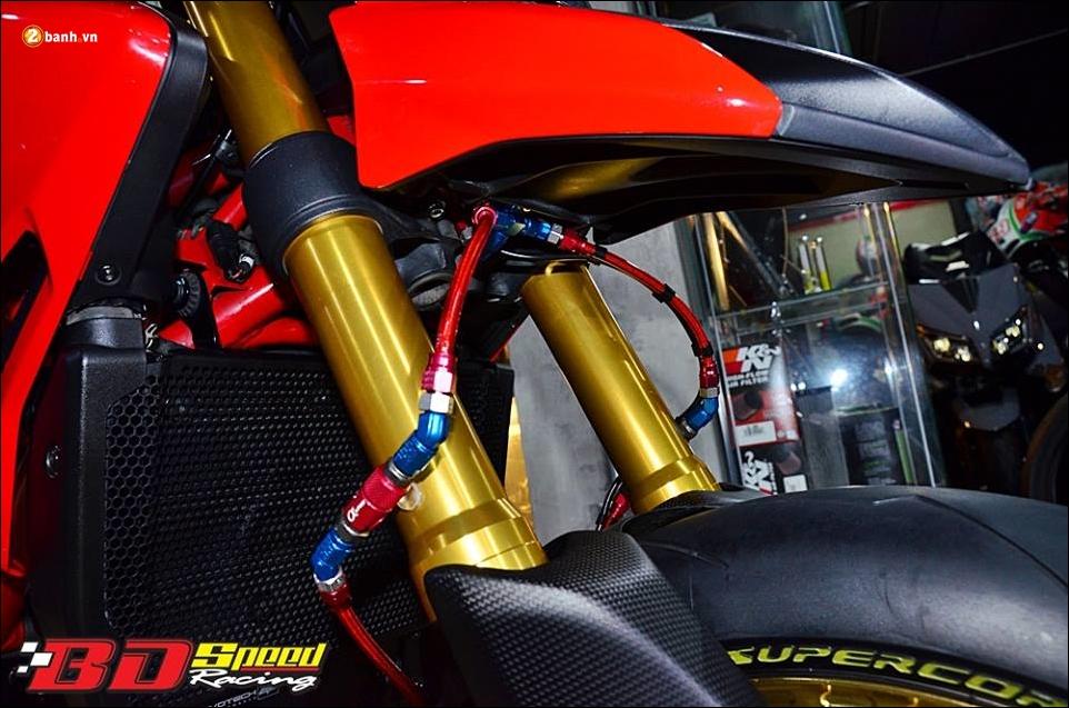 Ducati Hypermotard 821 do Vua duong pho trong trang bi hang sang - 8
