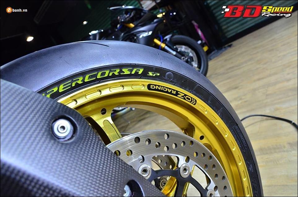 Ducati Hypermotard 821 do Vua duong pho trong trang bi hang sang - 10