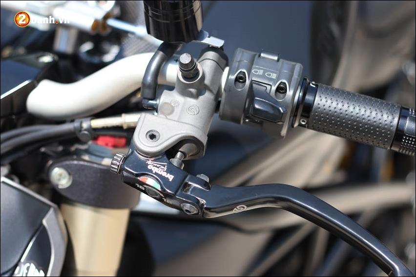 Ducati Streetfighter 848 do cuc ngau ben tong mau den huyen bi - 8