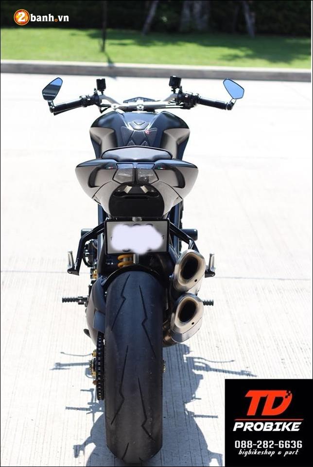 Ducati Streetfighter 848 do cuc ngau ben tong mau den huyen bi - 18