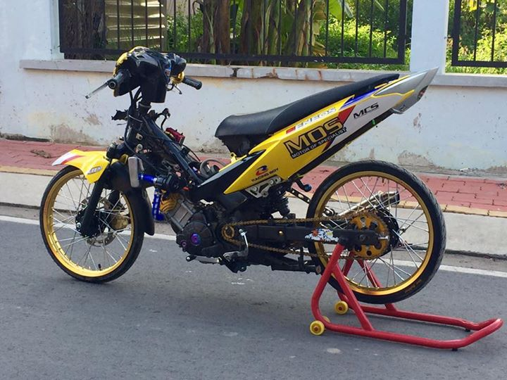 Exciter 135 do Drag day an tuong voi hinh anh Minions - 3