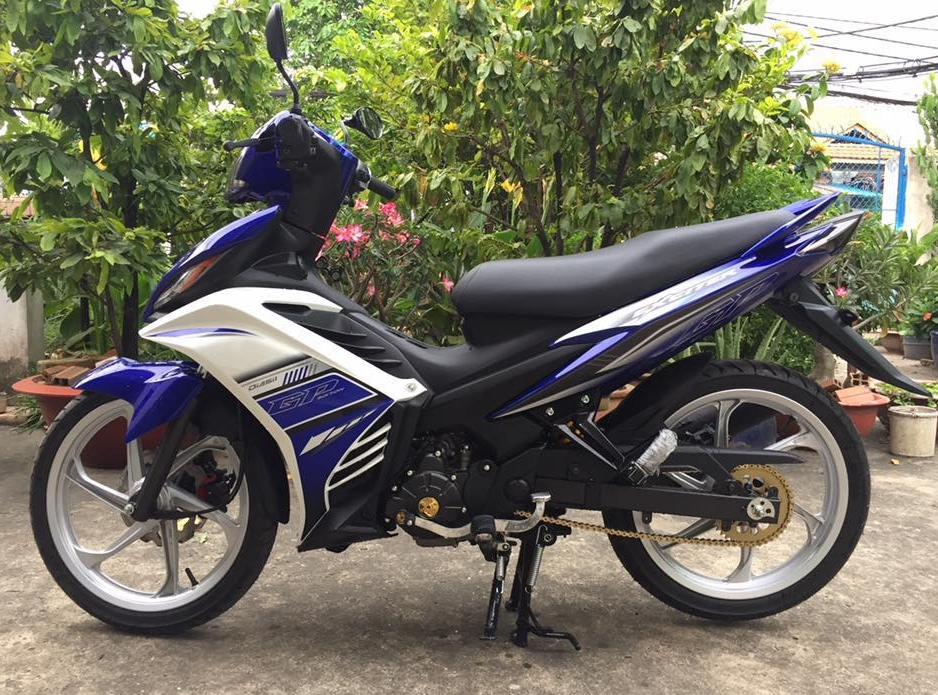 Exciter 135 do nhe day tinh te trong bo canh nguyen thuy - 3