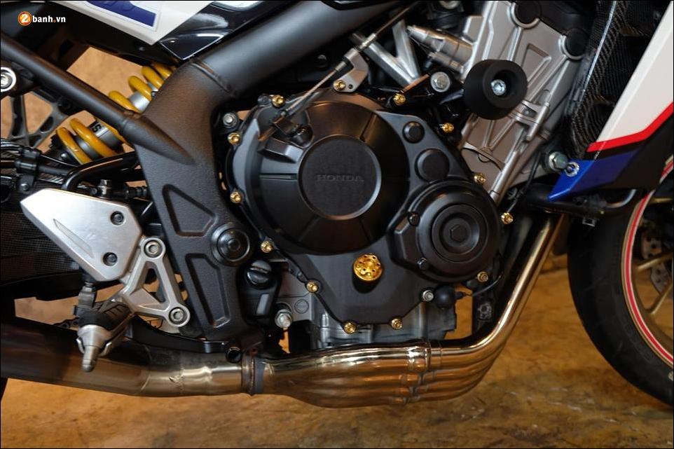 Honda CB650F do phong tran qua bo canh HRC - 10
