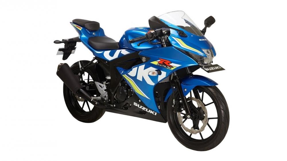 Honda CBR150R thong linh phan khuc 150 so voi dong huong Yamaha R15 va Suzuki GSXR150 - 3