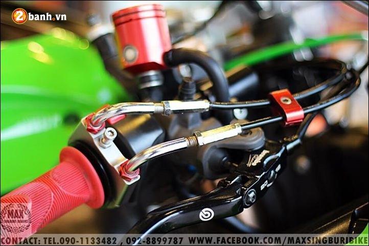 Kawasaki Ninja ZX10R do hao nhoang voi tong mau xanh la - 7
