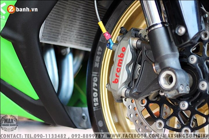 Kawasaki Ninja ZX10R do hao nhoang voi tong mau xanh la - 8