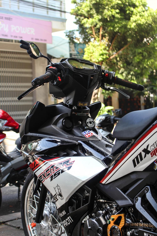 Exciter 150 do banh cam voi tem dau an tuong cua biker Kontum - 3