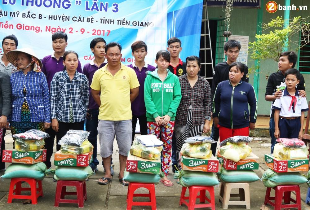 Team Exciter Volunteer HCM Dam me chia se trao yeu thuong lan III - 22