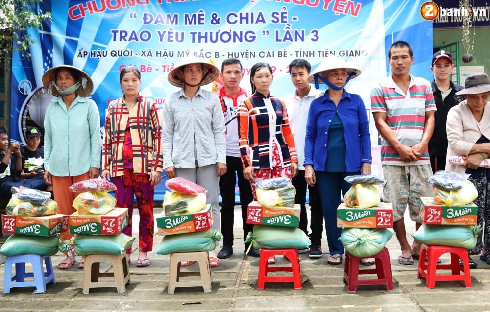 Team Exciter Volunteer HCM Dam me chia se trao yeu thuong lan III - 31