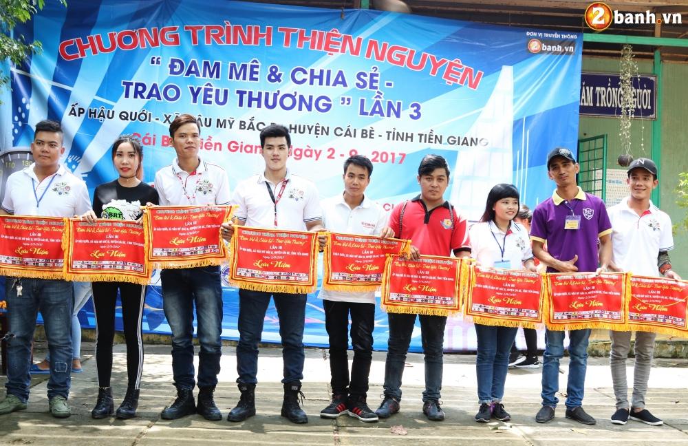 Team Exciter Volunteer HCM Dam me chia se trao yeu thuong lan III - 35