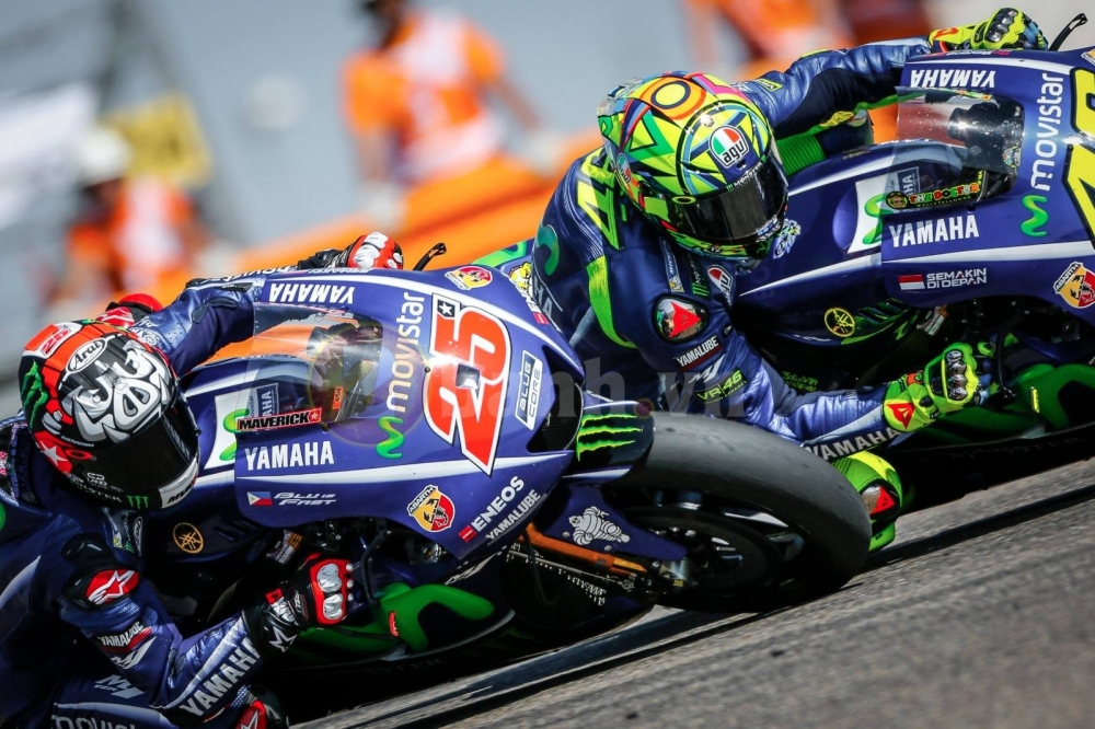 Valentino Rossi 1 tuan truoc toi chua biet minh co dua duoc hay khong - 2