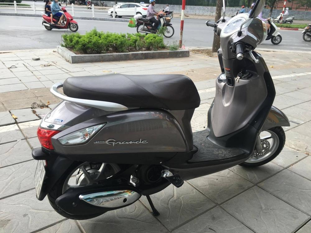 Yamaha Grande 125 Fi model 2014 moi 95 29 5 soCchu nu ban 305 trieu tai nha rieng - 4