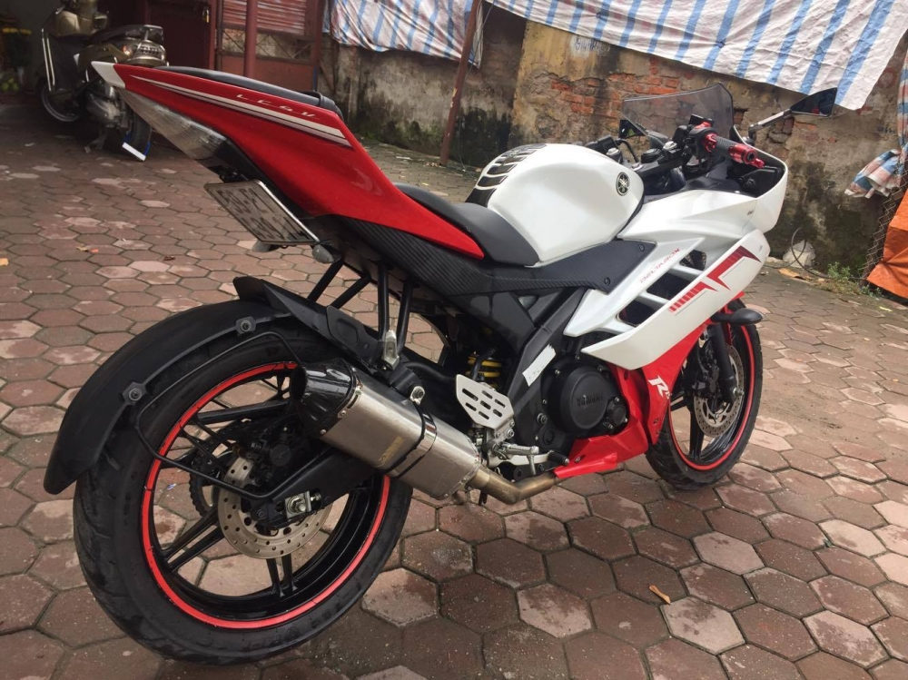 Yamaha R15 Phien ban 2014 TRANG DO - 10