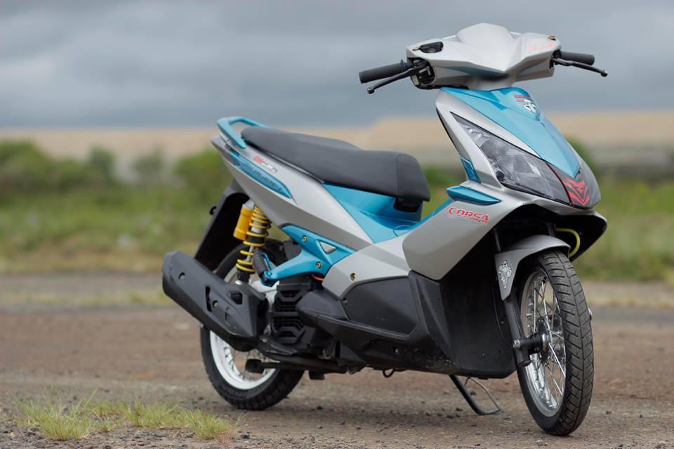 Air blade do tung hoanh giua con duong hoang so cua biker Viet - 3