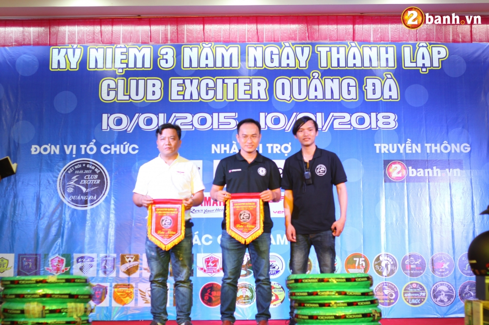 Club Exciter Quang Da mung sinh nhat lan III day hoanh trang - 33