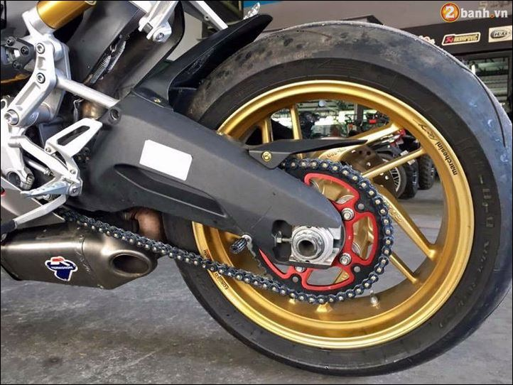 Ducati 899 Panigale quy do doi lot Camo Limited dep ngat nguong - 7