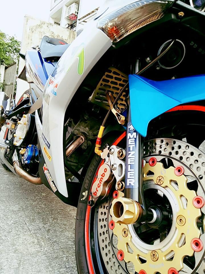 Exciter 150 do don gian voi nhung mon do choi cuc chat cua biker nuoc ban - 4