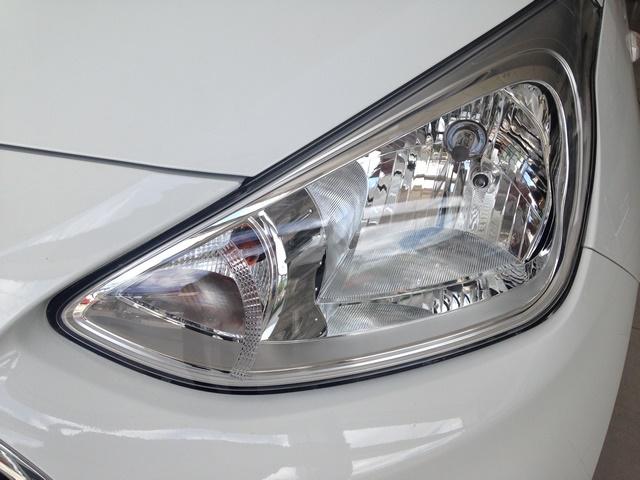 Gia xe Hyundai i10 2018 12MT base du mau giao xe ngay - 2