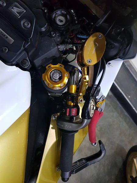 Honda CBR1000RR suc hut kho cuong tu option tinh te - 5