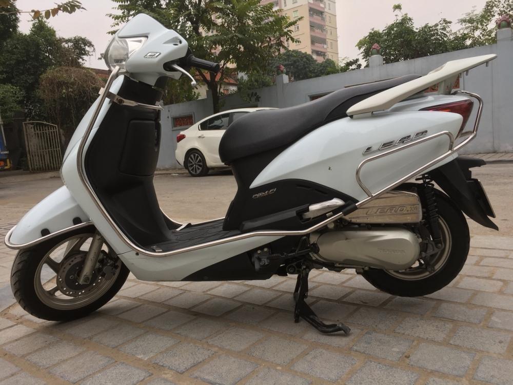Honda LEAD 110 Fi mau trang dang ky cuoi 2011 - 4