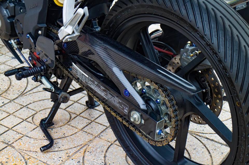 Honda Sonic 150R do cuc KHUNG voi khoi do choi hoang toc cua biker Viet - 10