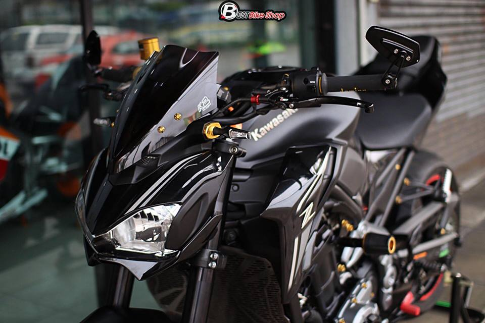 Kawasaki Z900 Nakedbike pho dien trang bi cong nghe toi tan - 3