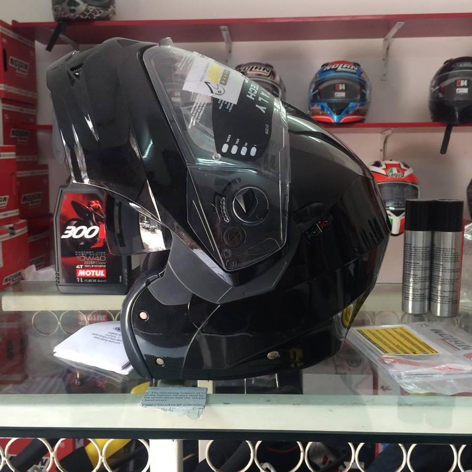 Moto299 Mu bao hiem lat ham Caberg Duke tai Ha Noi - 3