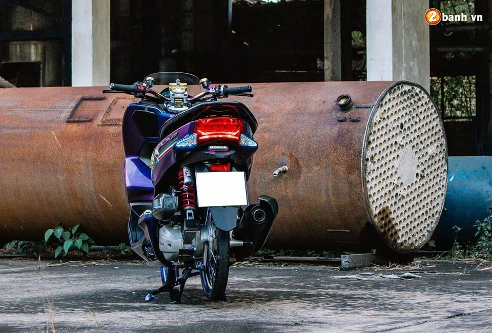 PCX 150 do chuyen mau day huyen bi dam minh trong khu xuong bo hoang - 10