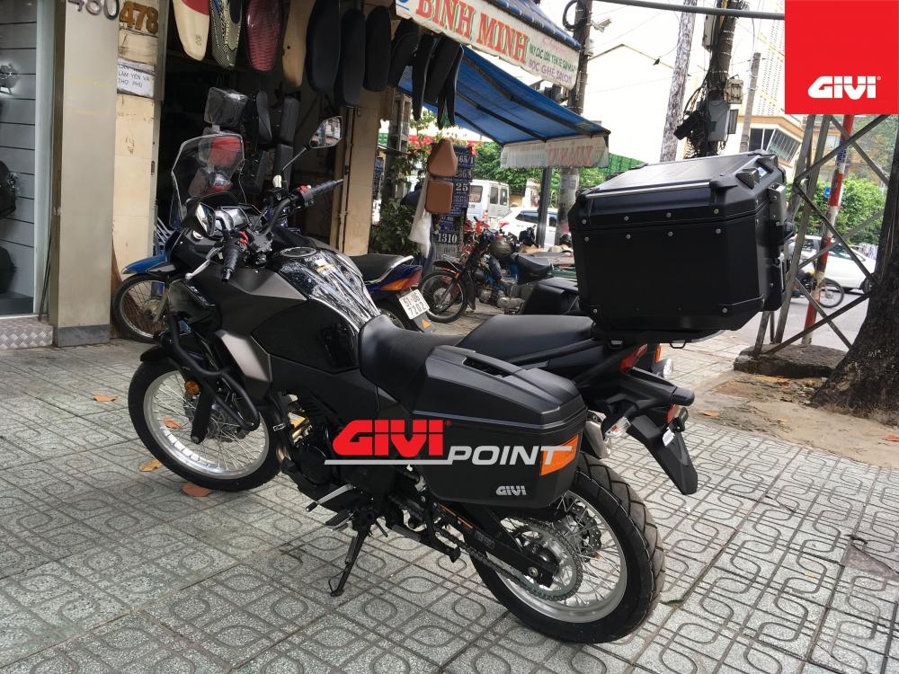 Thung sau GIVI cho cac dong xe - 23