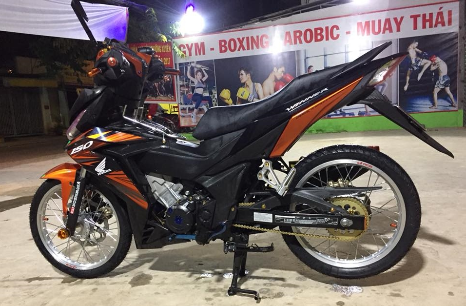 Winner 150 do dan chan toa sang nhat cho tap GYM - 6
