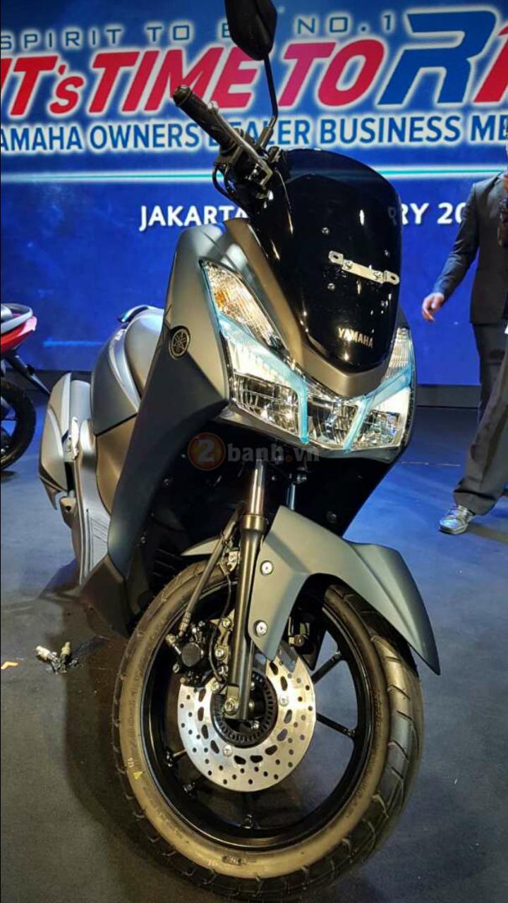 Yamaha Lexi 125 2018 Bat ngo ra mat voi kieu dang la mat - 4