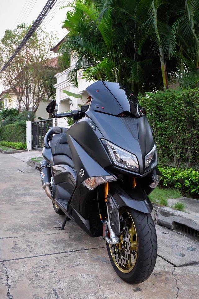 Yamaha TMax ban do nhuc nhoi tu trang bi khung - 3