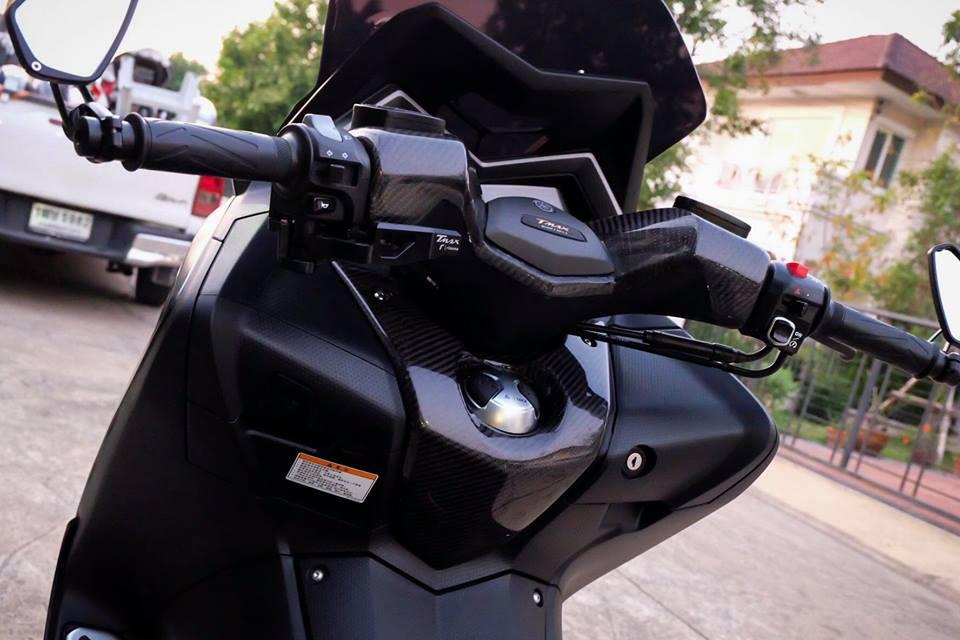 Yamaha TMax ban do nhuc nhoi tu trang bi khung - 11