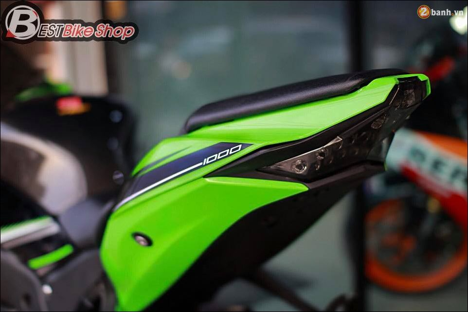 ZX10R ve dep so tai cua Dai mang xa nha Kawasaki - 7