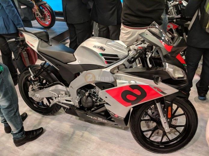 Aprilia RS150 2018 va Aprilia Tuono 150 2018 Chinh thuc ra mat tham chien thi truong 150cc - 2