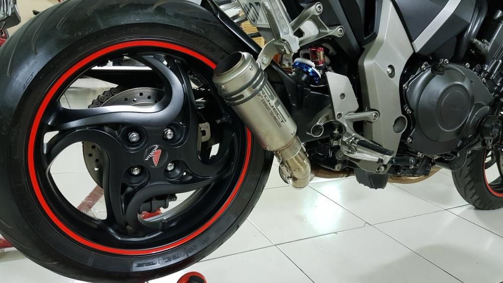 Ban Honda CB1000R 112010 HQCNHISSODO 26KBien So Saigon - 19