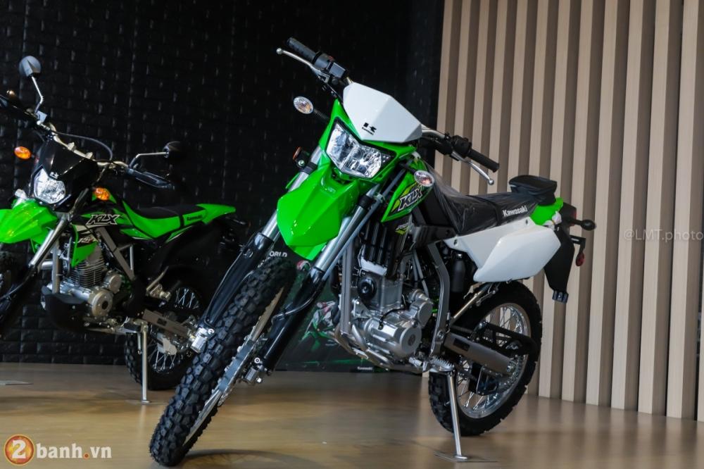 Can canh chi tiet Kawasaki KLX 250 gia tu 121 trieu dong - 2