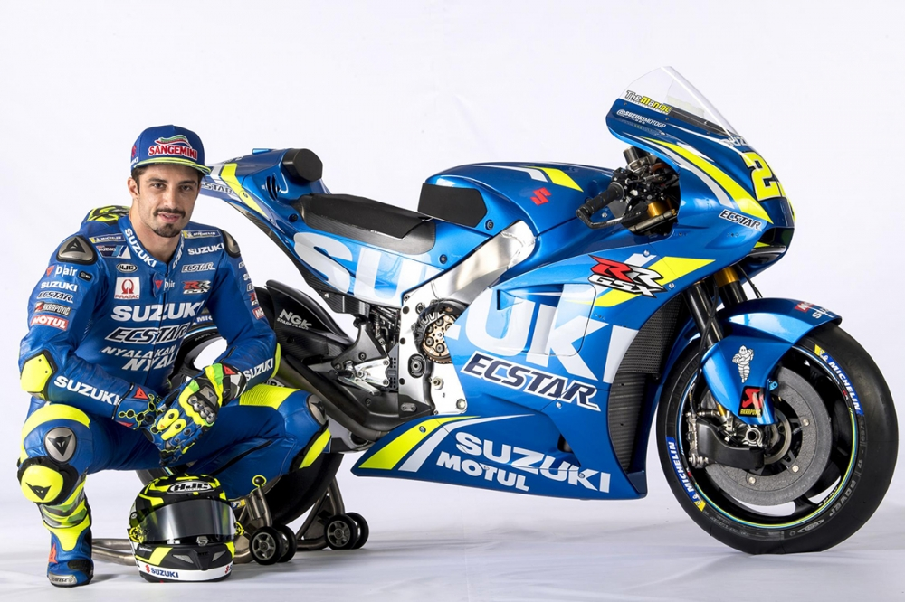 Chi tiet Suzuki GSXRR 2018 tham du mua giai motoGP - 8