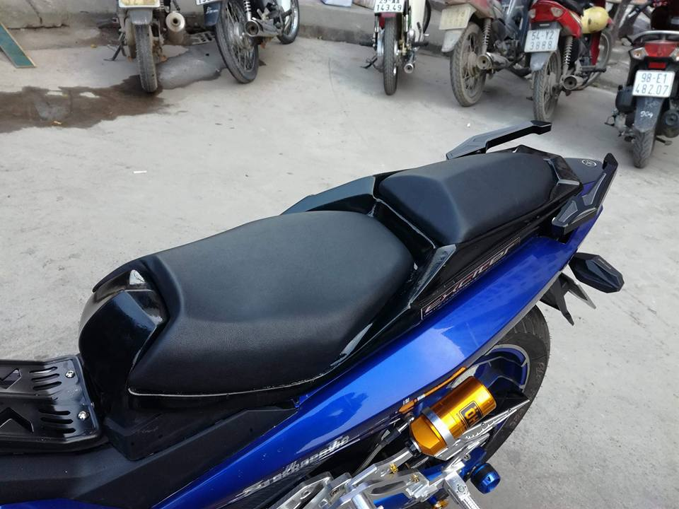 Exciter 150 do ham ho voi loat option do choi kieng cua biker Ha Noi - 5