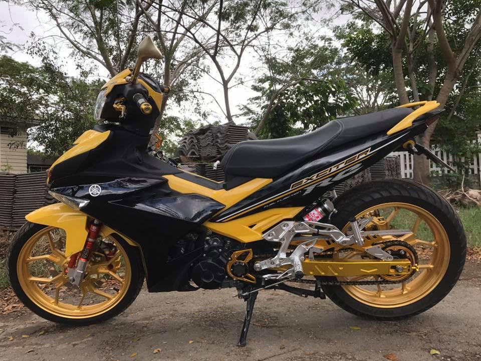 Exciter 150 do tang dong nhe voi khoi do choi tone vang cua biker Tay Ninh - 3