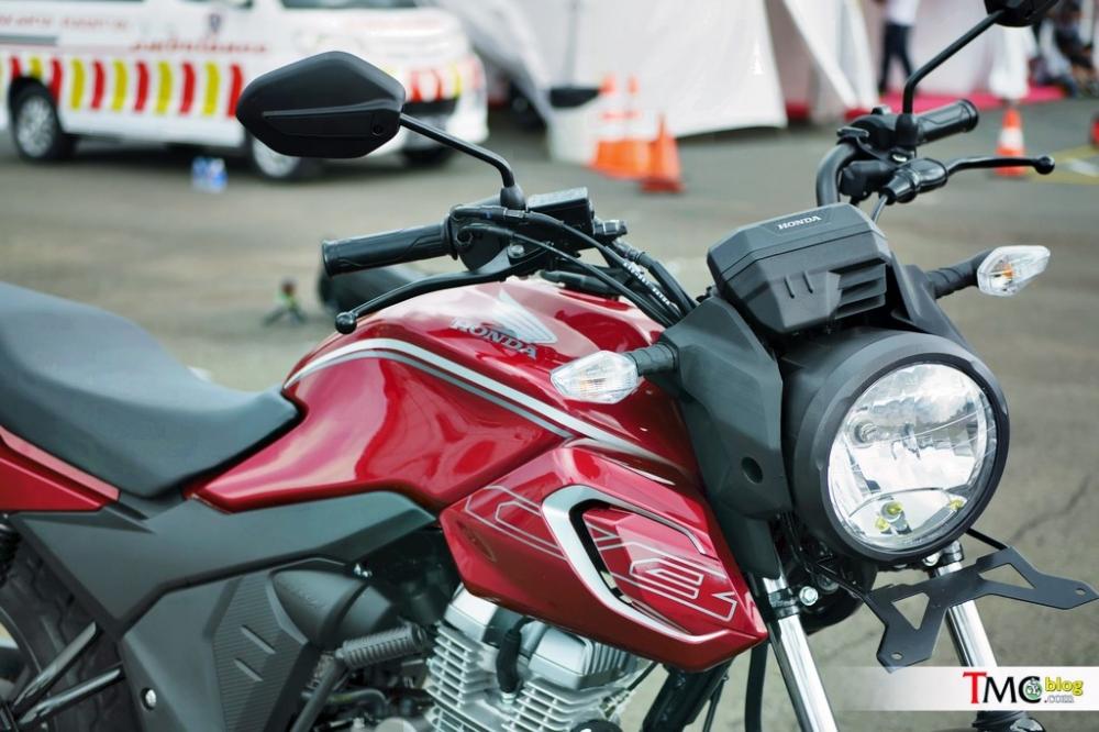 Honda CB150 Verza 2018 vua duoc ra mat voi gia hon 30 trieu dong - 2