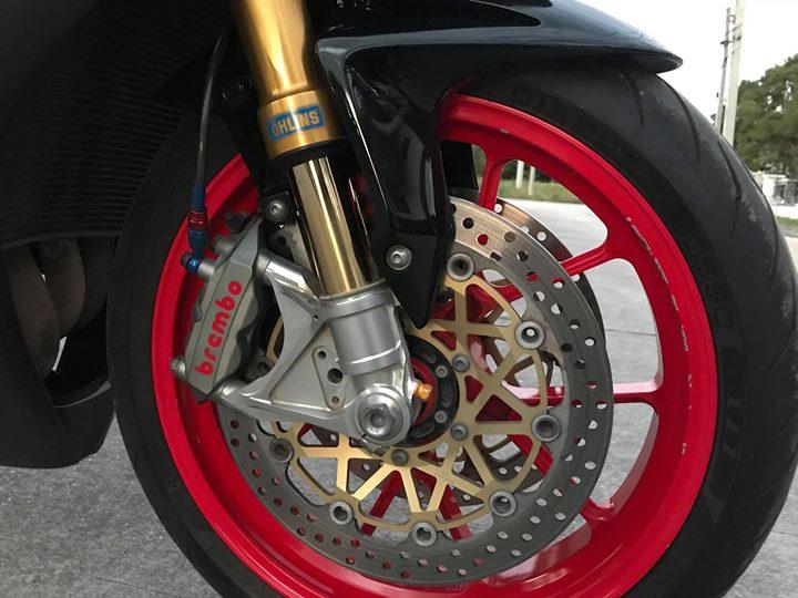 Honda CBR1000RR nang cap day goi cam tu dan chan mong do - 5