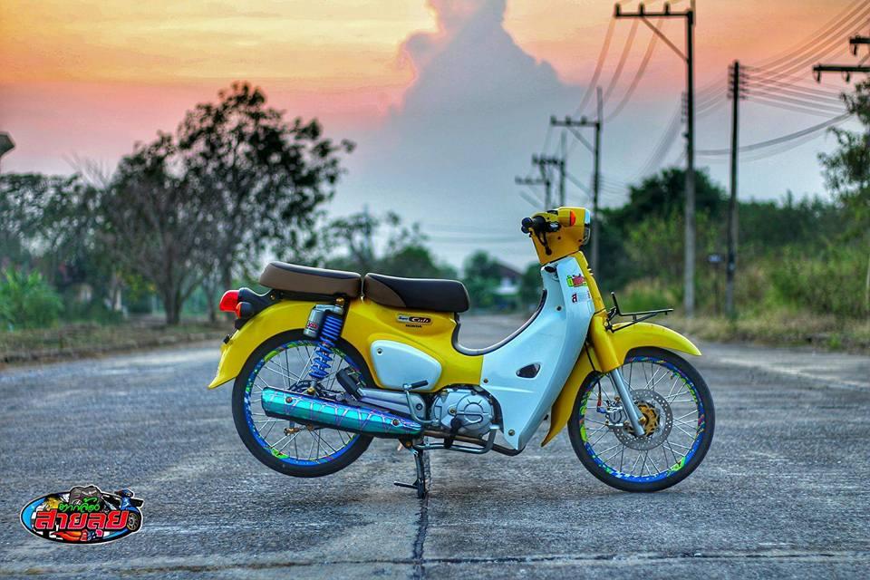 Honda Cub do voi option do choi kieng gia tri cua biker Thailand - 3